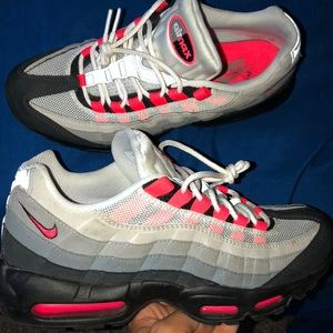 AirMax 95 Neon Red